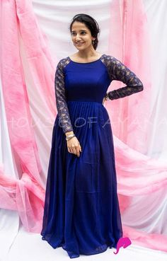 Western Dresses For Women, Stylish Dresses For Girls, Stylish Dress Designs, Designs For Dresses, Indian Fashion Dresses, Dress Indian Style, Indian Gowns, Long Anarkali, Simple Anarkali