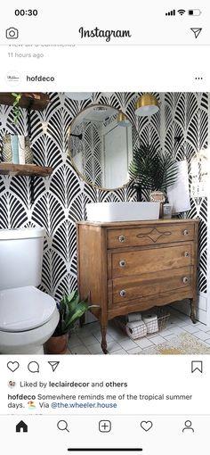 Home Design, Wall Design, Design Shop, Design Bedroom, Design Design, Powder Room Wallpaper, Small Bathroom Wallpaper, Powder Room Vanity, Bad Styling