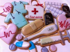 Doctor and nurse cookies, graduation, celebration, party ideas.