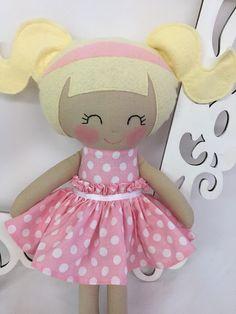 Cloth baby doll Handmade Dolls Fabric Dolls por SewManyPretties
