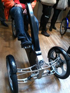 Velo Design, Bicycle Design, Electric Trike, Electric Cars, Motorized Trike, E Quad, Three Wheel Bicycle, Concept Motorcycles, Reverse Trike