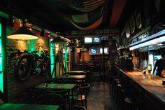 Pubs | Irish Pub Bar, calle Colón | Martes de Porron, Mendoza, Argentina