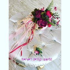 Büşra&Muhammet çiftine mutluluklar ❤️ Gelin buketimiz ve Damat yaka buketimiz  #gelin #wedding #nişan #düğün #söz #nikah #buket #çiçek #gelinçiceği #gelinbuketi #kişiyeözel #uygunfiyat #kampanya #rose #pink #red #white  #tasarım #fashion #moda #style #hijab #hijabi #vintage