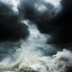 Alessandro Puccinelli / Intersections:  Where Sea and Sky collide.