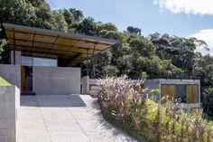 Casa em Santo Antônio do Pinhal,H+F Arquitetos