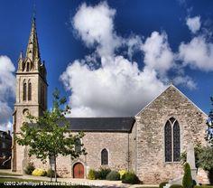Eglise St-Pierre-St-Jean-Baptiste, à Hénansal.