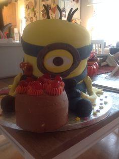 Minioncake