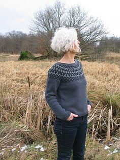 Ravelry: Treysta pattern by Jennifer Steingass