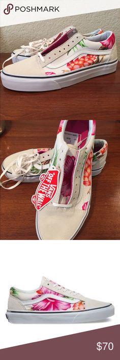 ‼️SALE‼️Vans old skool floral sneakers nwt Vans old skool floral sneakers nwt women's 8.5 men's 7 Vans Shoes Sneakers
