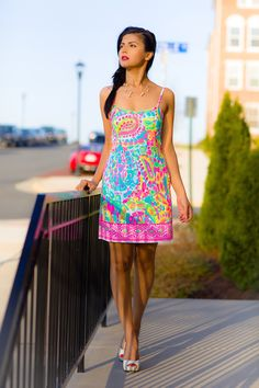 487be7ed08 Zunera is rocking a fine looking Lilly Pulitzer Shelli Sheath Printed Dress  with peep toe pumps   rocking some serious shades.
