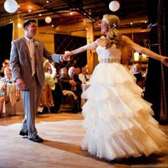 Best Songs for Your Wedding Morning Playlist | BridalGuide