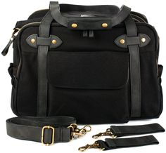 So Young | Black Charlie Diaper Bag | #VonbonBabyGiveaway | http://blog.vonbon.ca