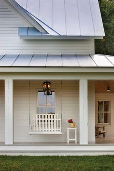 Swing. Porch Swing. White Swing. Porch swhite decor. #swing #porch