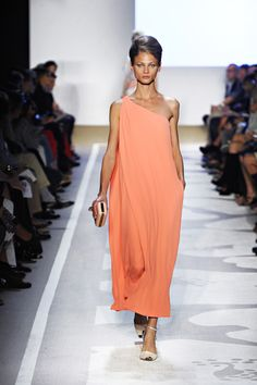 Love designer DVF. She has the moSt fantastic dresses.  Really like this color.