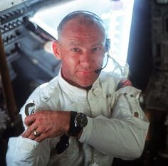 Buzz Aldrin: The First Human Beings to Land on Mars Should Not Come Back to Earth Neil Armstrong, Mission Apollo 11, Apollo Missions, Moon Missions, Michael Collins, Apolo Xi, Apollo 11 Moon Landing, Apollo Space Program, Tony Goldwyn