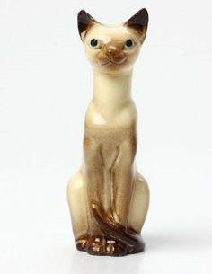 Siamese Cat - Hagen Renaker