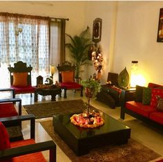 Home bedroom small corner shelves ideas Indian Living Rooms, Colourful Living Room, Living Room Decor Cozy, Indian Home Design, Indian Home Interior, Home Interior Design, Indian Interiors, India Home Decor, Ethnic Home Decor