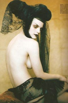 Guinevere Van Seenus: Powerful Heads - Vogue Italia Supplement by Paolo Roversi, March 2005