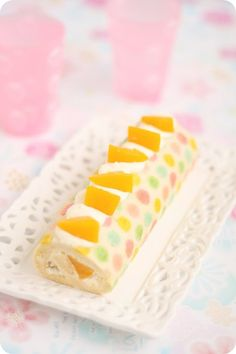 Colorful Polka-Dotted Roll Cake カラフル水玉模様のロールケーキ @FoodBlogs