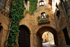 Spain's Costa Brava is perfect for a road trip with its rugged coastline, sandy beaches and medieval towns. This itinerary takes in some of its best bits. Worlds Of Fun, Around The Worlds, Architecture Religieuse, Places To Travel, Places To Visit, Spain Holidays, Belle Villa, Travel Magazines, City Landscape
