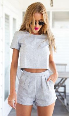 shorts pour femme – Outfit Ideas for Girls Mode Outfits, Fashion Outfits, Womens Fashion, Fashion Trends, Fashion Ideas, Fashion Clothes, Woman Outfits, Fasion, Fashion Styles