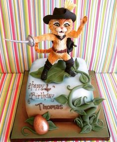 Puss n boots cake