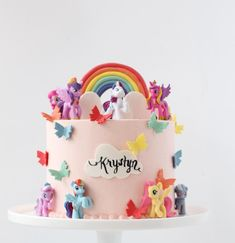 "Starbird Bakehouse 在 Instagram 上发布:""My little pony birthday cake! 🌈🦄 #unicorncake"" My Little Pony Cake, My Little Pony Birthday Party, Girl 2nd Birthday, My Little Pony Unicorn, Disney Princess Birthday Cakes, 4th Birthday Cakes, Friendship Cake, Girl Cakes, Mlp Cake"