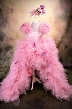 Pink Flower Girl Dresses, Flower Girl Tutu, Pink Flowers, Girls Dresses, Flower Girls, Elsa Halloween Costume, Halloween Costumes For Kids, Ball Dresses, Ball Gowns