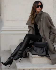 40 образов на каждый день - зима 2021 #зима2021 #гардеробзима2021 #базовыйгардероб2021 #тренды2021 #мода2021 #зимниеобразы2021 #теплыйгардероб #кашемир #свитер2021 #джинсы2021 #сапоги2021 #обувь2021 #стиль2021 Casual Chic, Trench, Autumn Fashion, Instagram, Inspirational, Style Inspiration, Boots, Outfits, Women