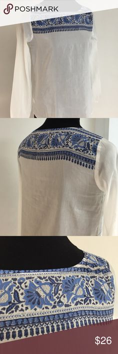 Pretty White Top NWOT Sumner perfect White Top. Crow neckline w/top printed design pullover long sleeves cotton+silk round tail hem 27ins long. LOFT Tops Blouses