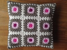 Cushion for Anna - from tillietulip.blogspot