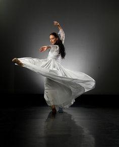 Antonia Hewitt Stravinsky Selection 2011 - Milagros PHOTO Ross Brown by Royal NZ Ballet, via Flickr