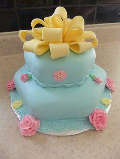 Red Velvet Cake covered in Vanilla Fondant Wedding Favors, Wedding Cakes, Wedding Day, Velvet Cake, Red Velvet, Edible Favors, Cake Cover, Fondant Cakes, Vanilla
