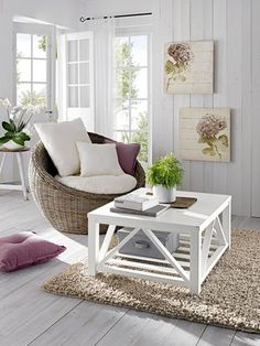 #HeineShoppingliste Bilder mit Hortensie, Relaxsessel in grau, Couchtisch in weiß