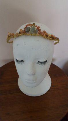 Coronita dulcinea  tiara para bodas fiestas o cuando por MACALAR #new #etsy #shop #hairaccessories #tiara #bridaljewel #wedding #weddingjewelry #headjewelry #hairjewelry #comb