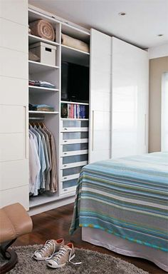 Plush and built-in wardrobes: ideas and project tips - Home Fashion Trend Bedroom Wardrobe, Wardrobe Closet, Built In Wardrobe, Home Bedroom, Master Bedroom, Bedroom Decor, Bedrooms, Wadrobe Design, Dream Closets
