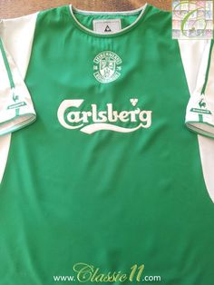 8068d831c Relive Hibernian s 2003 2004 season with this vintage Le Coq Sportif home  football shirt.