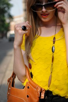 Yellow! Great necklace!