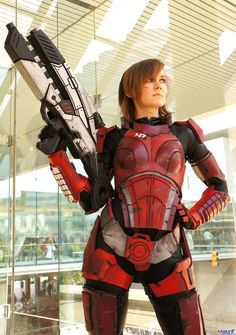 Mass Effect N7 Front Cosplay