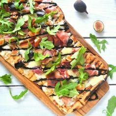 Pizzette With Fontina, Tomato, Basil, And Prosciutto Recipe ...