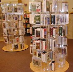 dp Library Plan, Library Ideas, Book Displays, Libraries, How To Plan, Building, Hot, Buildings, Library Room