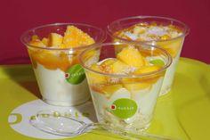 pavlova mango coco Pavlova, Mango, Pudding, Lunch, Restaurant, Treats, Fresh, Healthy, Desserts