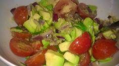 Tupun tupa: Avokadosalsaa lihan tai kalan kaveriksi.