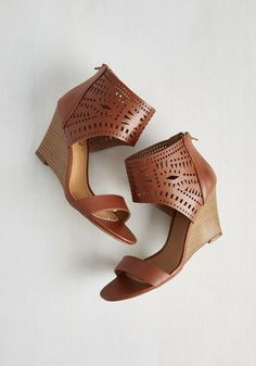 Quips and Salsa Wedge From the Plus Size Fashion Community at www.VintageandCurvy.com