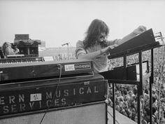 "Képtalálat a következőre: ""jon lord"" Jon Lord, Rock Music, Deep Purple, Rock N Roll, All About Time, Musicals, Classic, Keyboard, Electric Guitars"