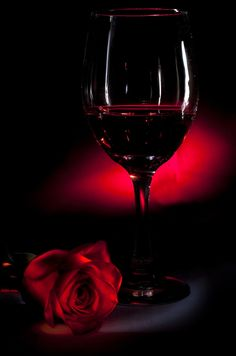 Red Red Wine by Brandon Iwamoto, via 500px