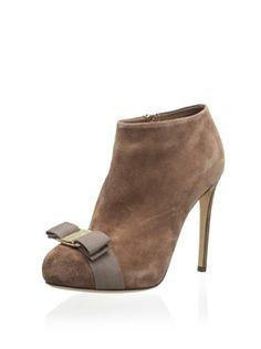 2c16421c2a15 9 Best Shoes images