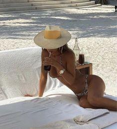 Summer Dream, Summer Baby, Summer Of Love, Beach Aesthetic, Summer Aesthetic, Summertime Sadness, Summer Goals, Summer Photos, Fashion Clothes