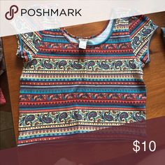 Crop top Forever 21 crop top in great condition! Bundle and save! Forever 21 Tops Crop Tops