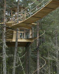 More ideas below: Amazing Tiny treehouse kids Architecture Modern Luxury treehouse interior cozy Bac Tree House Interior, Interior Staircase, Architecture Details, Modern Architecture, Sustainable Architecture, Amazing Architecture, Trailer Casa, Future House, My House